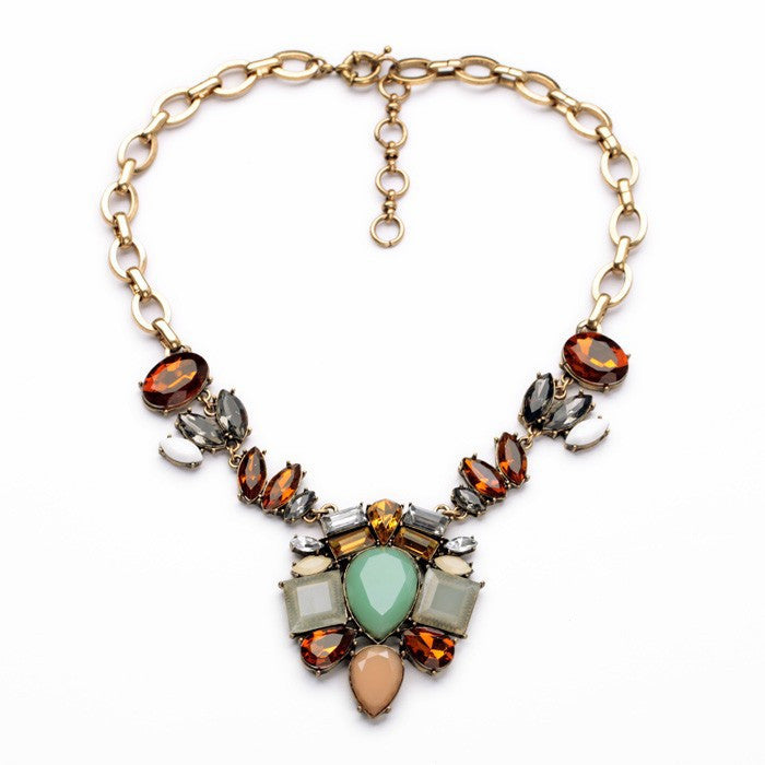 Pilar Necklace