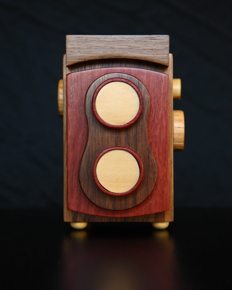 TogTees Twin Lens Reflex Wood Camera