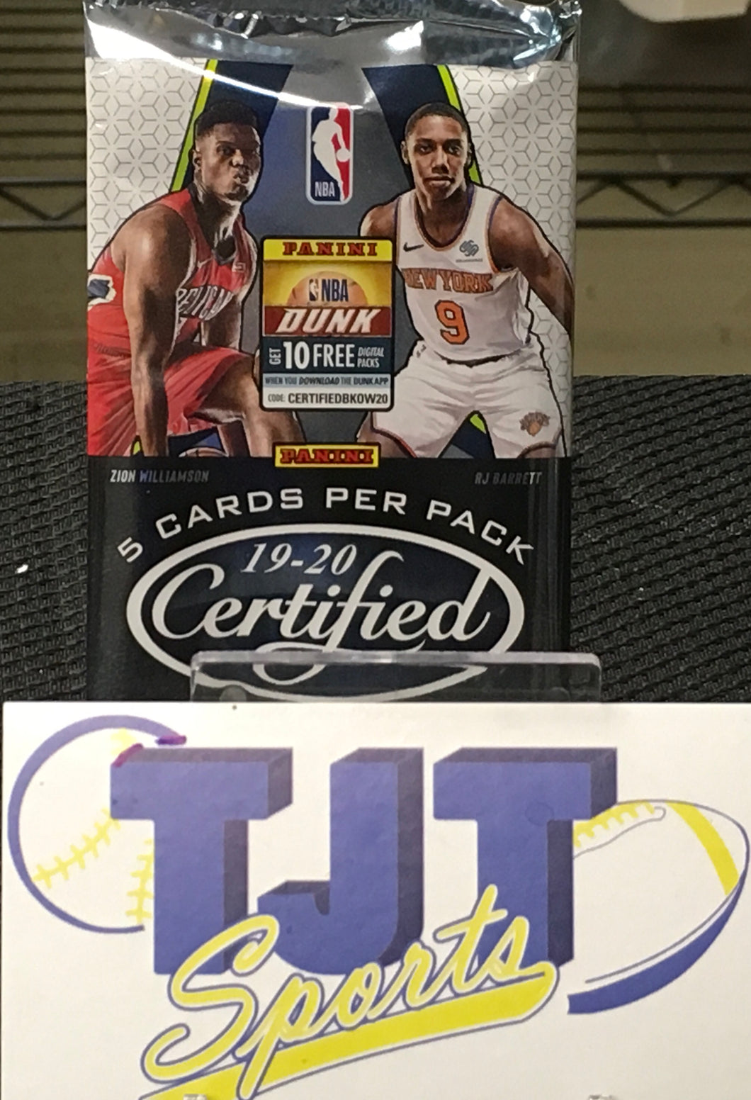 1 PACK 2019-20 CERTIFIED BASKETBALL HOBBY