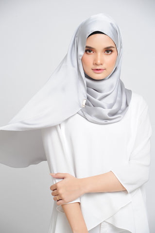 Aisha Satin Oval Shawl Platinum Large Picot