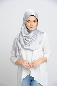 Aisha Satin Oval Shawl Platinum Large Baby Seam