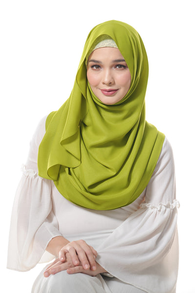 Essential Scarf Shimmering Series in Apple Green