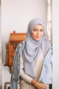 Essential Scarf Basic Shawl in Ash Gray