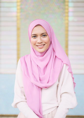 Essential Scarf in Flamingo Pink