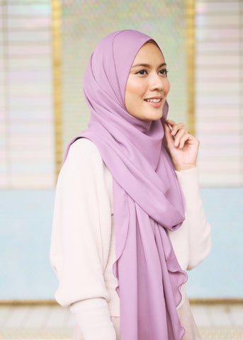 Essential Scarf in Liliac