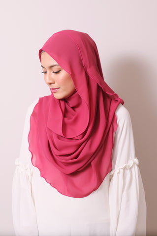 Essential Scarf in Teaberry