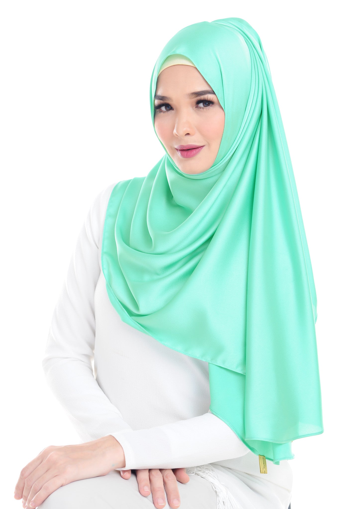 Essential Scarf Satin Series #2 in Classic Green