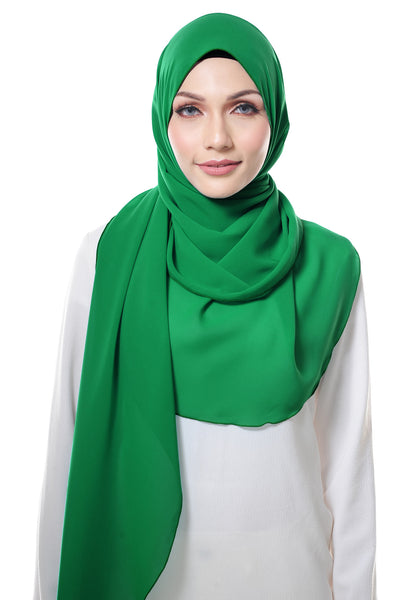 Essential Scarf Basic in Fern Green
