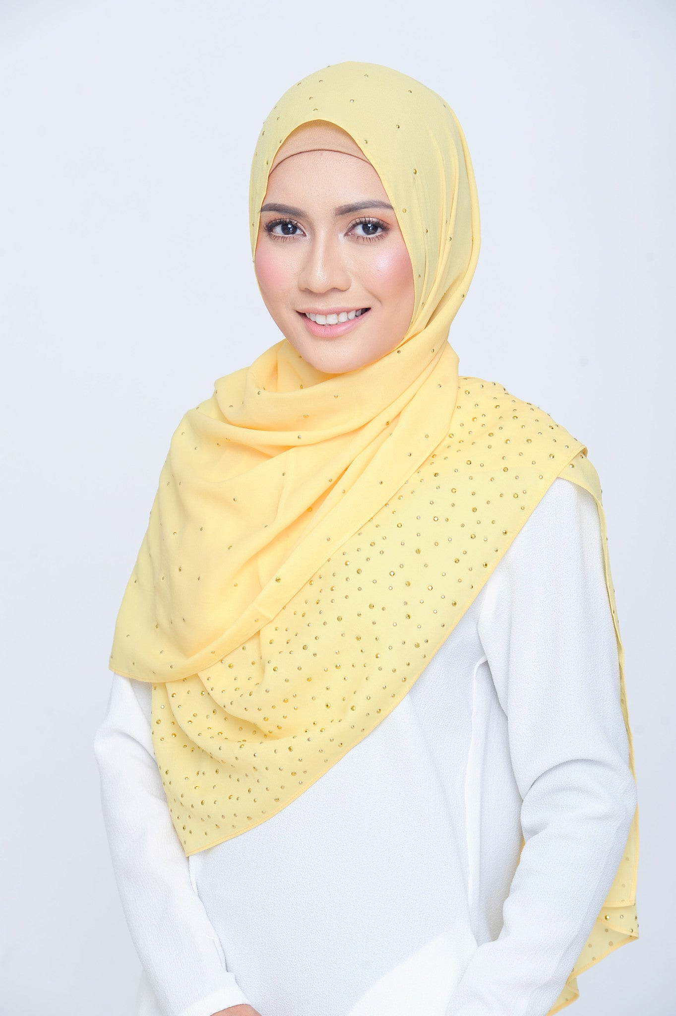 Be Dazzled Scarf in Blooming Daisy