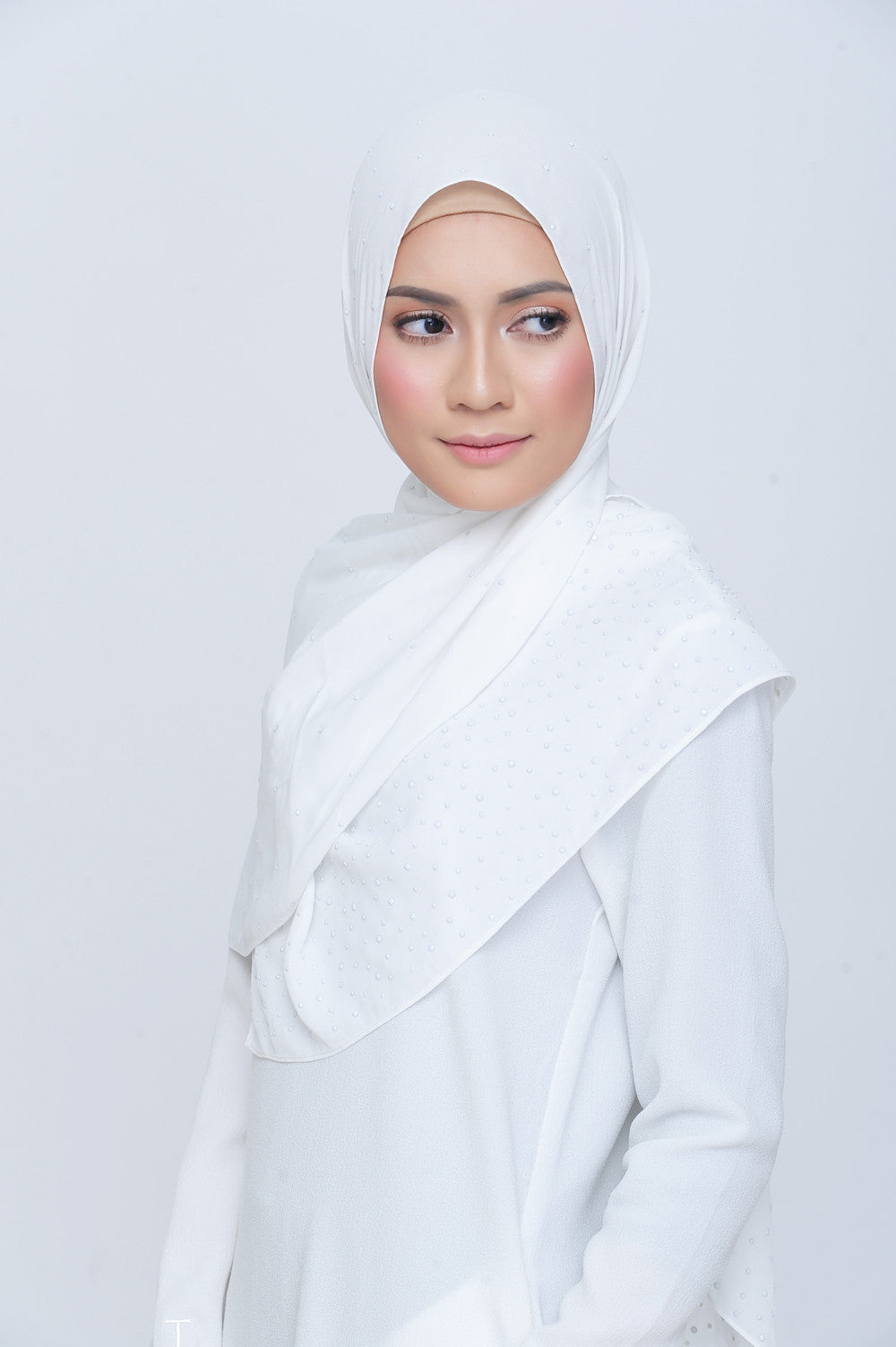 Be Dazzled Scarf in Chanel White
