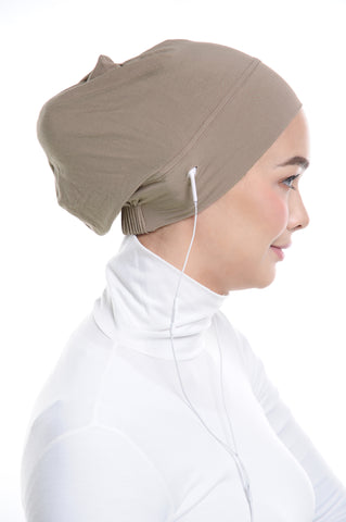 Snow Cap in Light Taupe with ear loop