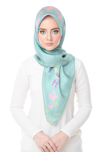 Lisse Square Scarf in Pool Blue