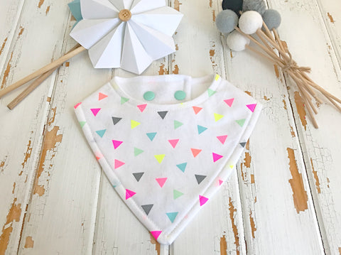 Fluro triangles dribble bib