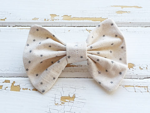 Grey stars hair bow