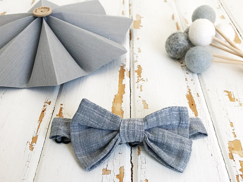 Light grey adjustable bow tie