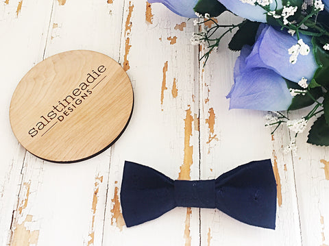Navy embroidery bow tie hair bow