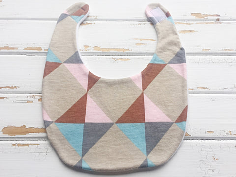 Geometric dribble bib