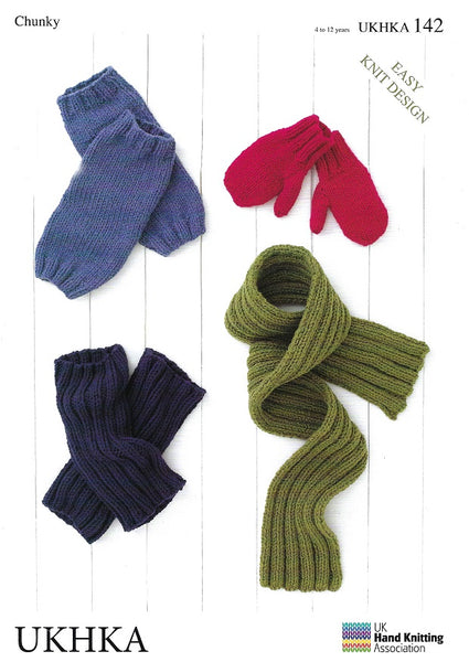 UKHKA 142 - Leg Warmers, Mitts & Scarf in Chunky Pattern