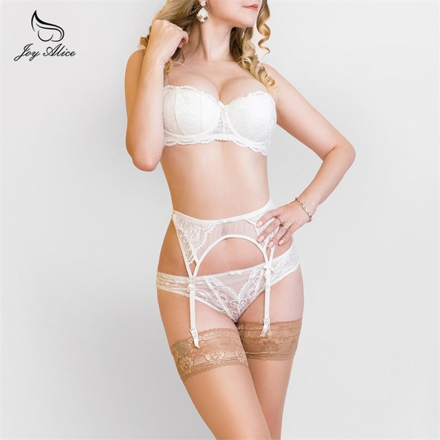 Bra+Panties+Garter 2018 New Arrival Suspenders Lace Bra Set panties women's Underwear Set Bra & brief Sets belt Set lingerie