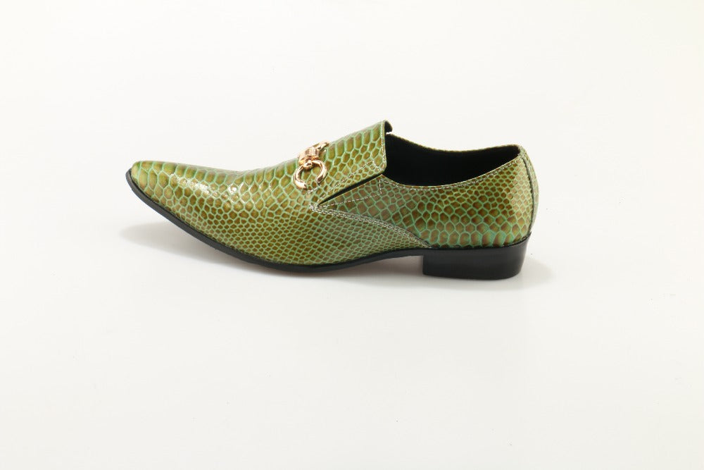Plus Size 2017 Shoes Man Shallow Slip On Pointed Toe Golden Buckle Dress Shoes Man Business Flats Crocodile Pattern Men Shoes