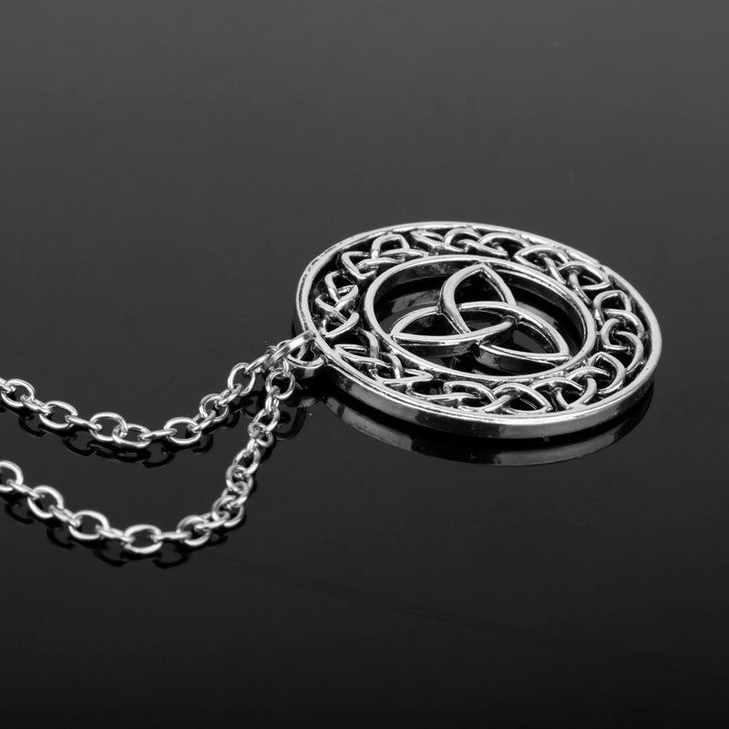 dongsheng Fashion Outlander Celtic Knot Cross Triskele Trinity Scottish Irish Celtic Triangle Knot Antique Pendant Necklace-30