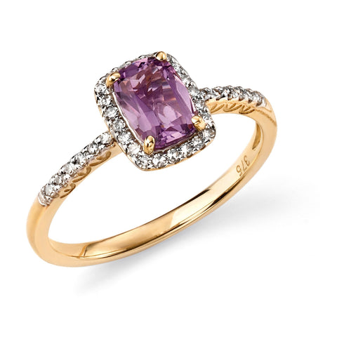 9ct yellow gold and amethyst cushion ring with diamond detailing