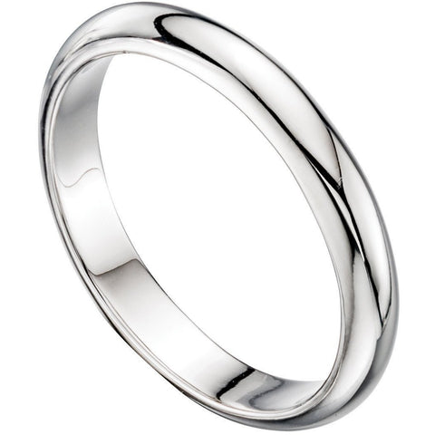 Silver d-shaped ring