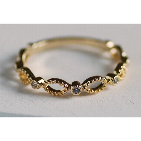 Gold garland ring