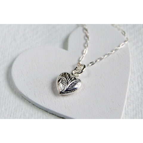 Patterned silver heart necklace