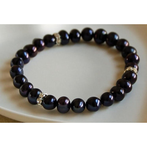 Black freshwater pearl bracelet with diamante spacers