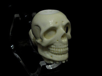 Skull in hand Block Meerschaum pipe by H. Cor Gift case Excellent Quality 4117