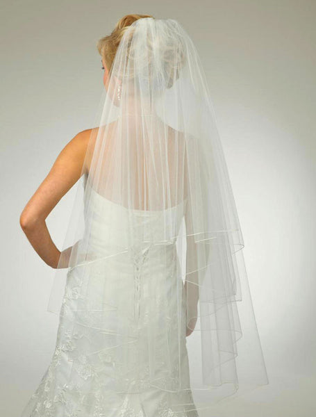 Circular Veil with Pencil Edge, Fingertip Length - Distinctive Veils & Accessories