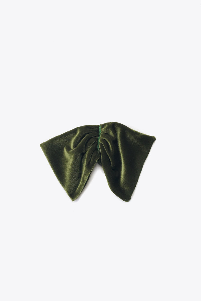 the Green Velvet Bow