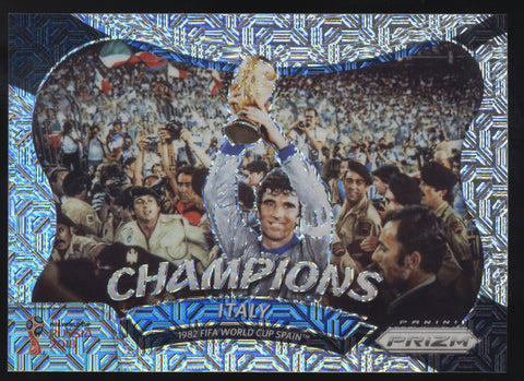 2018 Panini Prizm Italy 1982 World Cup Champions Mojo Refractor /25