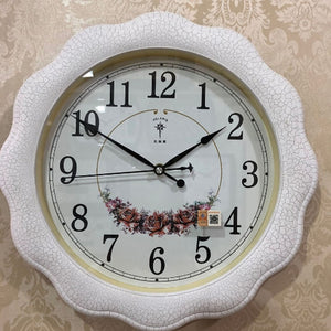 Irregular Indoor  Plastic Wall Clock