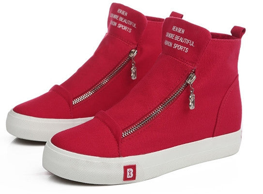 Converse Classic High Top  Sneakers