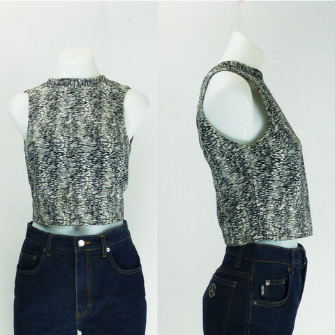 Kookai Black and White Shell Crop. Sz S