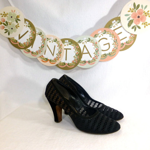 Charmcraft Black Lace Pumps. Size 7