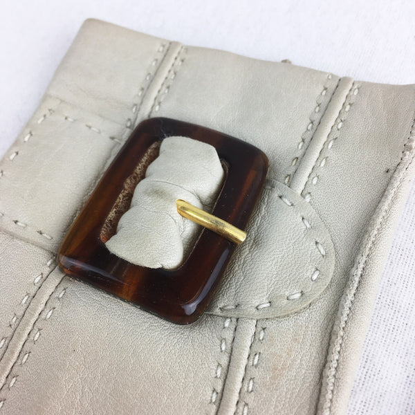 Cream Gloves with Tortoiseshell Coloured Buckle. Sz 6