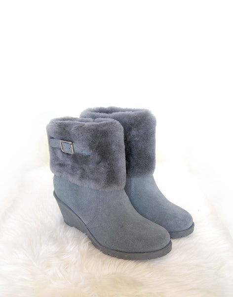 "Wedge 8"" UGG with buckle and sheepskin foldover Blue"