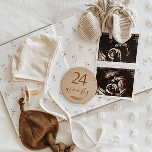 Etched Wooden Pregnancy Milestone Collection - Set of 14