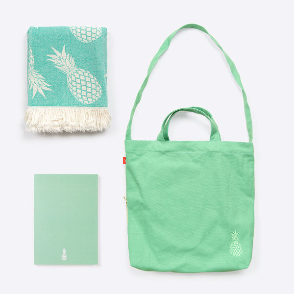 Pineapple Holiday Package Mint