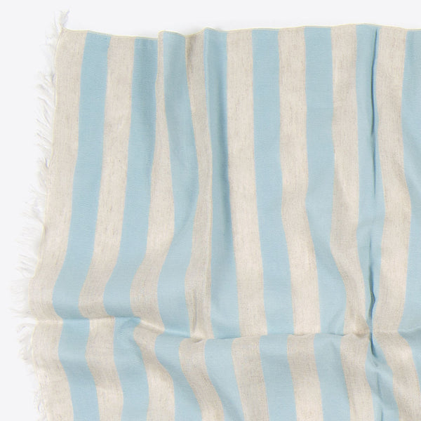 Baumwoll- Leinenschal mit Streifen Blau (Striped Cotton and Linen Scarf Blue)