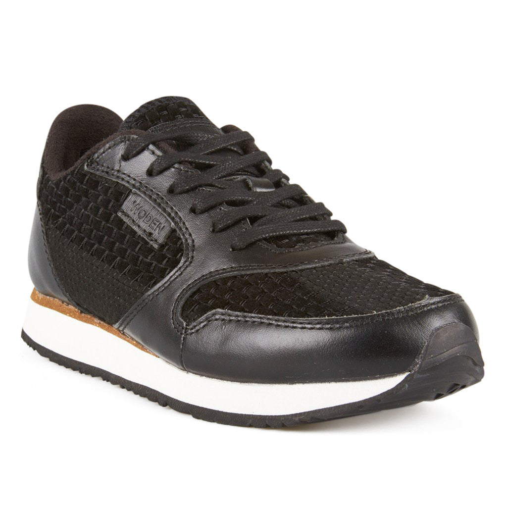 Woden WL308-020 Ydun II Weaved sneakers sort-Woden-Hoofers - We love shoes