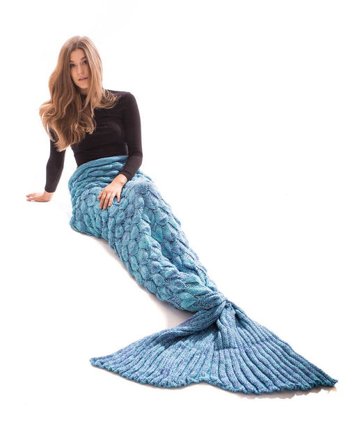 AQUA BLUE SCALE MERMAID TAIL BLANKET