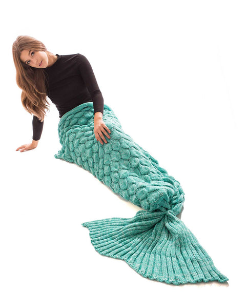 LIGHT GREEN SCALE MERMAID TAIL BLANKET