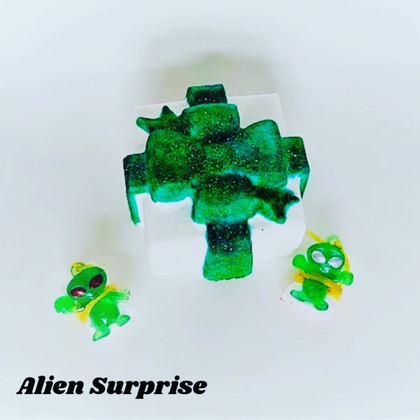 Alien Surprise ~ Luxe Bath Bombs