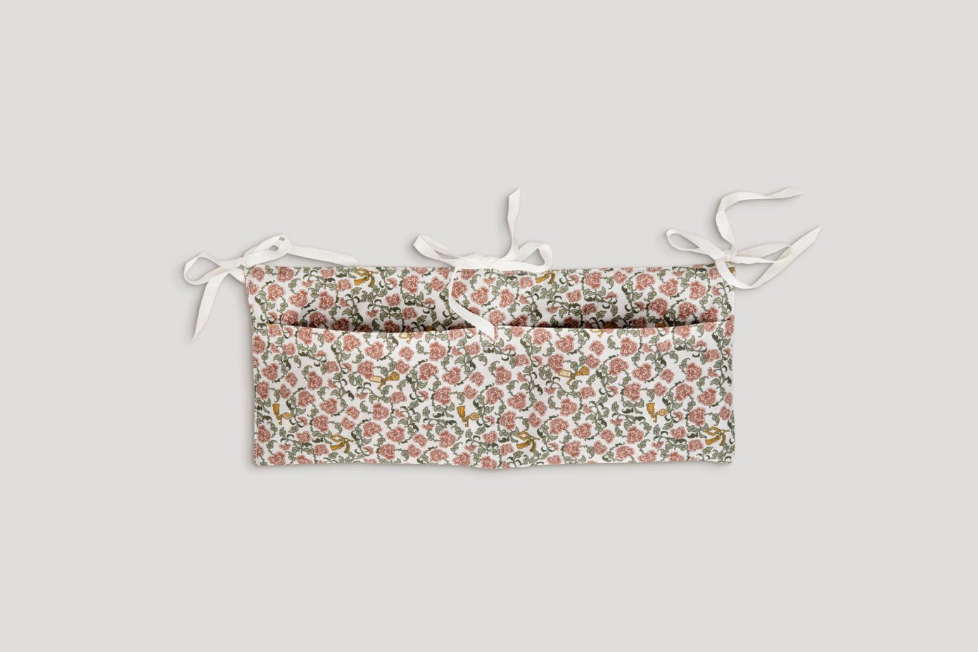 Floral Vines Bed Pocket