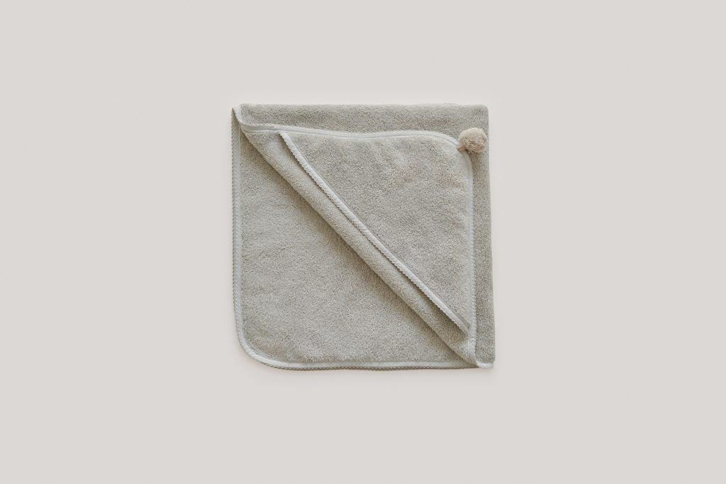 Thyme Baby Hotel Hooded Towel