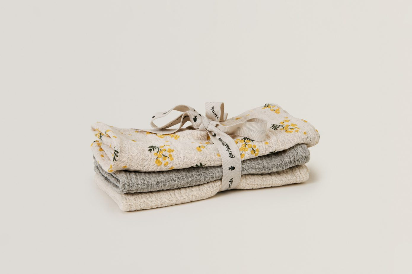 Mimosa Muslin Burp Cloths